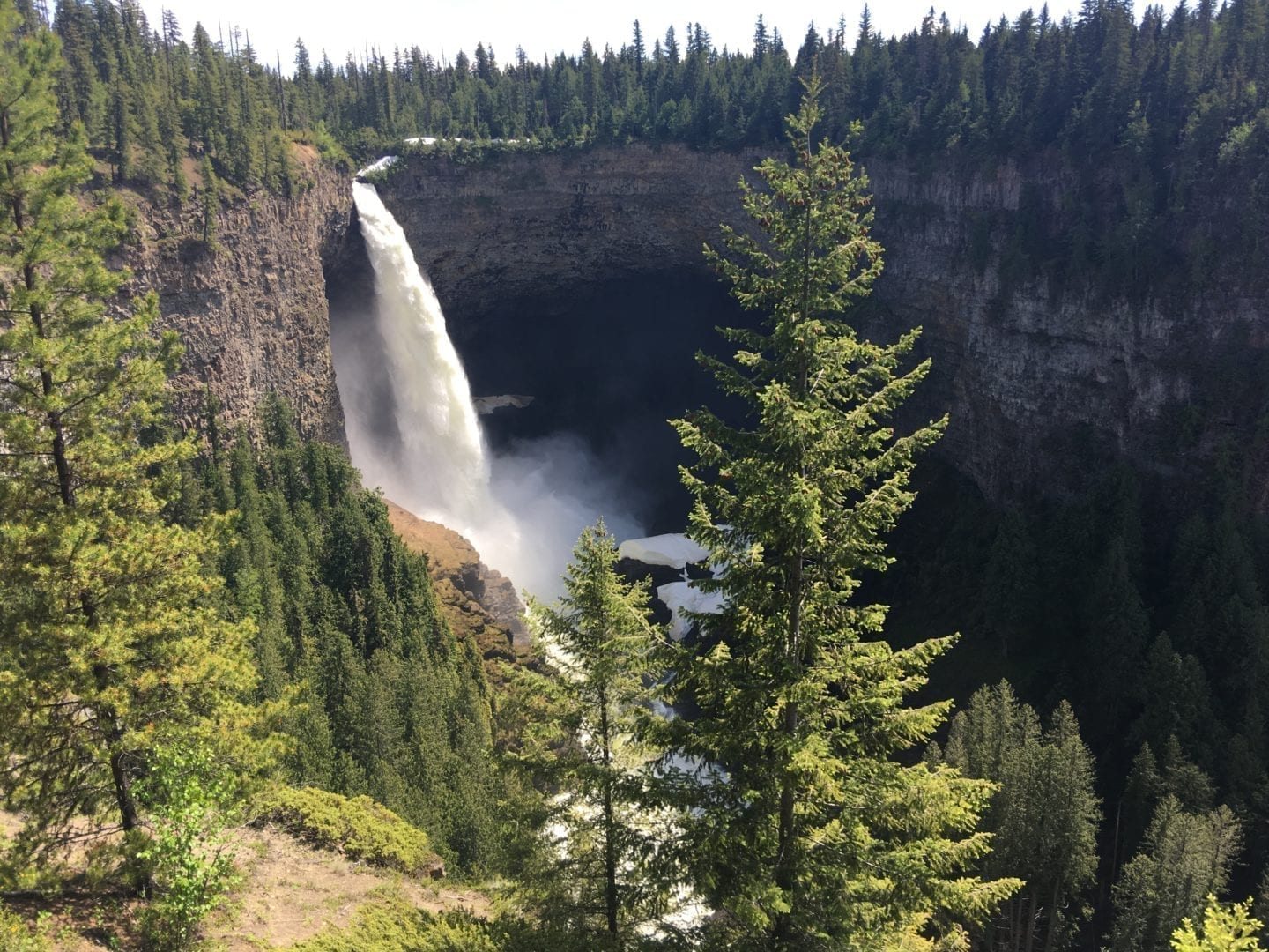 Helmcken Falls in Wells Gray Park, British Columbia