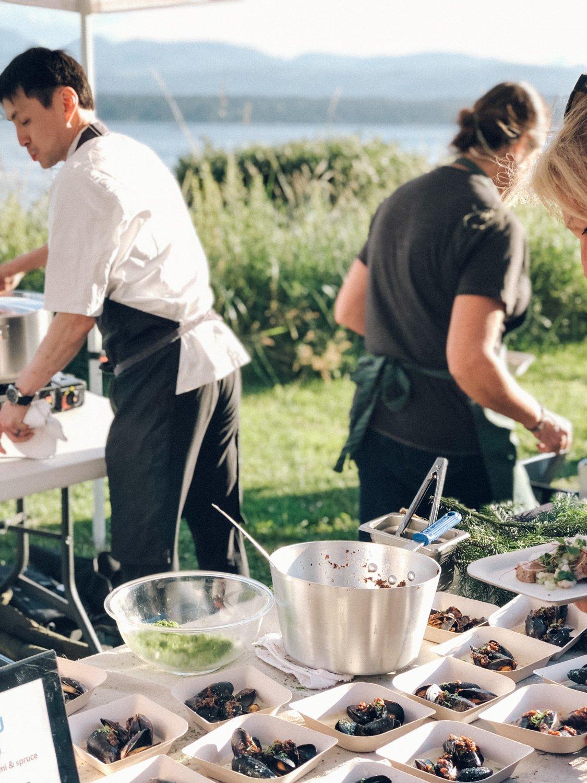 Sake Kasu Mussels