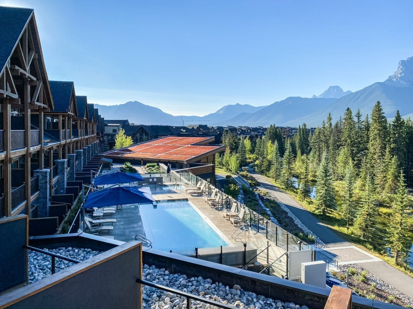 Malcolm Hotel Canmore Pool