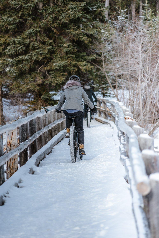 Pyramid Lake Jasper Alberta Fat Bike Rentals