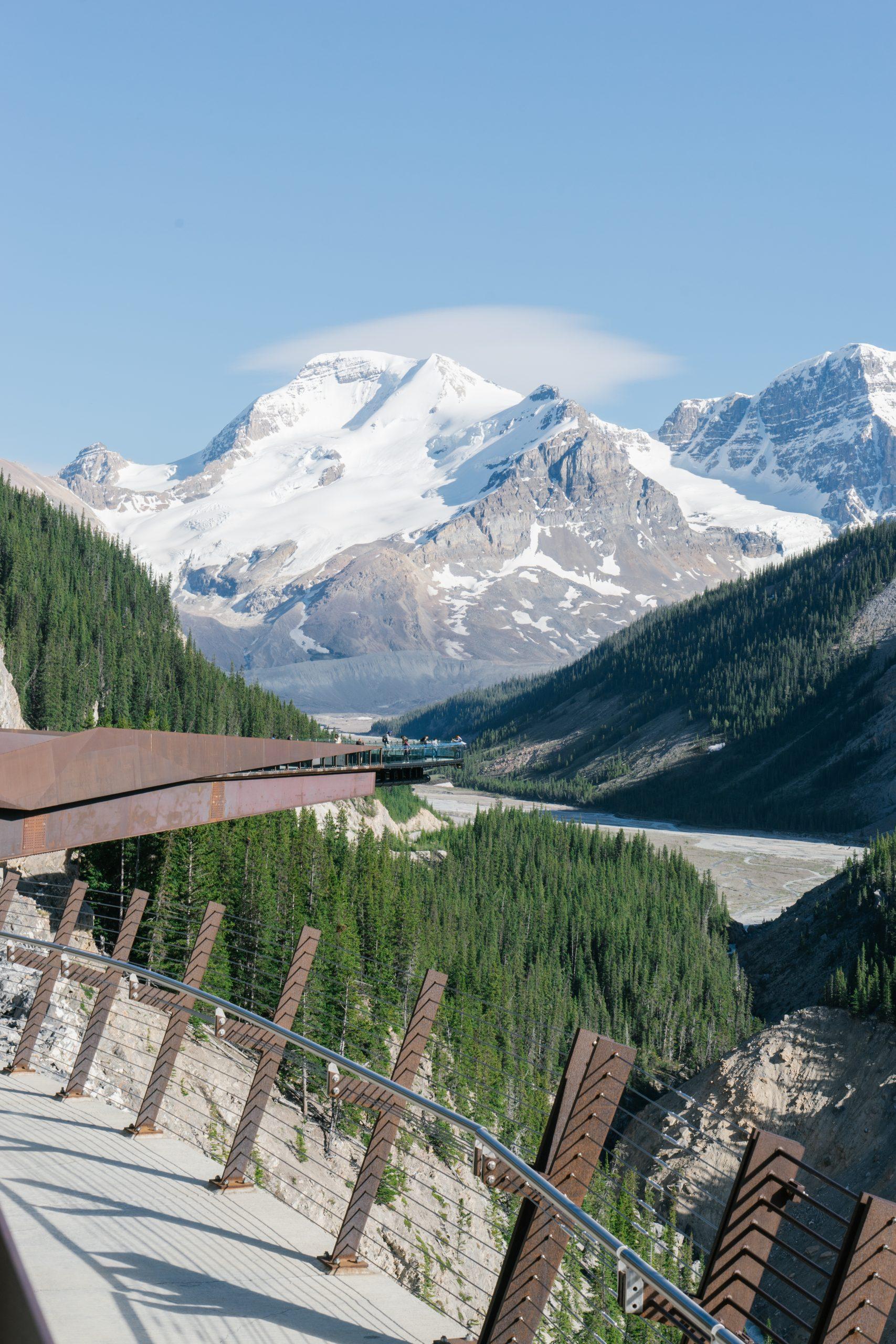 Glacier Skywalk, Columbia Icefield, Athabasca Glacier, Jasper National Park, Alberta